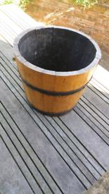 Barrel garden planter