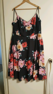 Gorgeous Summer Dress from City Chic - Brand New With Tags