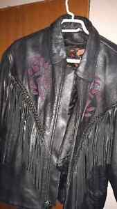 Beautiful leather jacket with rose embroidery London Ontario image 4