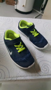 Like new toddler size 9 nikes from the shoe company