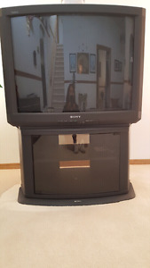 Sonny TV & TV Stand