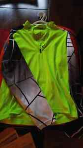 SPYDER AND UNDER ARMOUR SHIRTS MENS MED