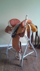 SOLD        Billy Cook Saddle with accessories - Antigonish.