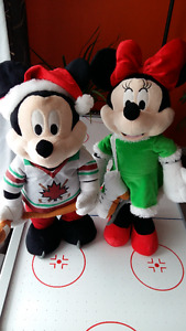 Mickie  Mouse and Minnie stuff toys