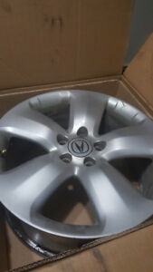 Selling a set of Acura rims with sensors. Taken off an RDX.