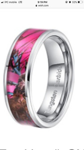Pink camo ring size 9.5