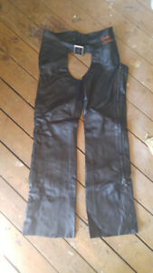 NEW Harley Davidson Classic Leather Chap Womens, Black