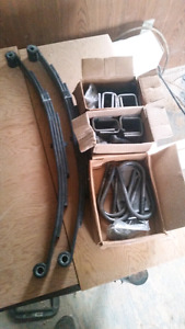 New leaf springs and hardware for trailor creating