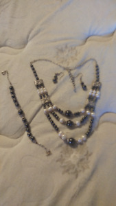 Gino Milano pearl and hematite set