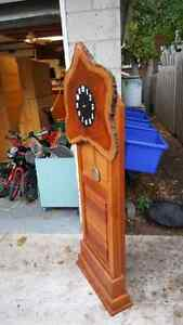 Live Edge  handcarved saw Clock Kitchener / Waterloo Kitchener Area image 3