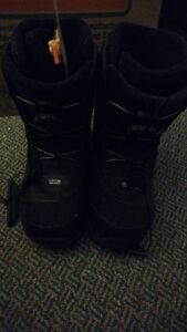 Women's Firefly Snowboard with Bindings + Boots Kitchener / Waterloo Kitchener Area image 6