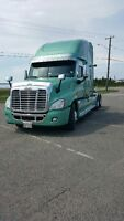 Cascadia DD15 560hp MINT CONDITION