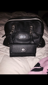 BLACK LEATHER GUESS PURSE AND WALLET