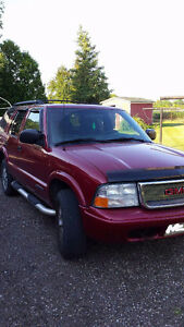 2004 GMC Jimmy SUV, Crossover LOW KM'S