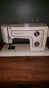 Kenmore Sewing Machine Model 1560 with table