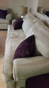 Sofa & love seat like new condition