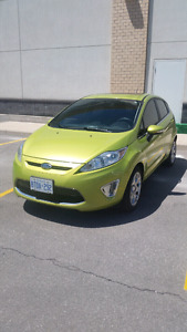 2011 Ford Fiesta SES + Accident Free + Leather Seats