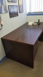 Excutive Desk