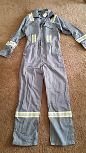 Coverall White Bear Workwear,size- 38T, NEW!