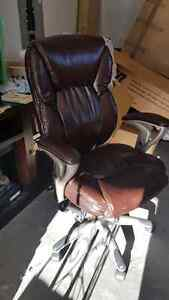 LEATHER COMPUTER CHAIR
