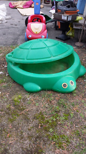 Little tikes sand box and cover