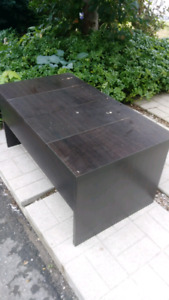 Used Coffer table with storage. Perfect for project