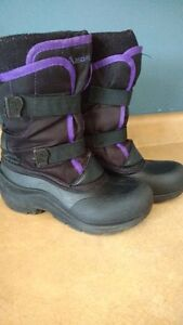 Snow boots- Size 4 Girls