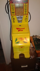 POPCORN MACHINE COIN OPERATED MAN CAVE