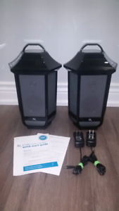 EUC - Acoustic Research Bluetooth Patio Deck Lantern Speaker Set