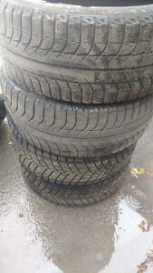 225-45-18  2 MICHELIN 60% 2 MONT BLANC 70%