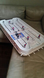Wayne Gretzky's Overtime Hockey Table Top Game