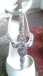 Le Chateau Sparkly White Pumps