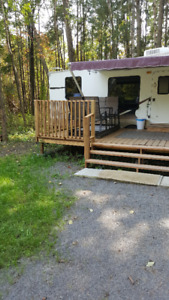 BEAUTIFUL TRAILER FOR SALE WITH SOLAR