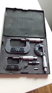 NEW PRICE ITC 3 Piece Micrometer Set