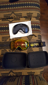 Snowboard/ski goggles. Amazing condition.