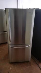 Réfrigérateur de marque l g très bonne condition