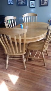 Solid wooden table set
