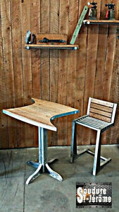 Table de cuisine artisanale design industriel