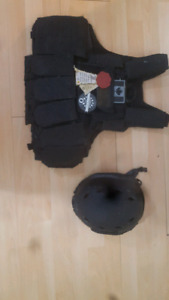 Airsoft/Paintball Tactical vest and helmet
