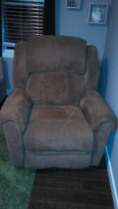 GREAT SHAPE RECLINER