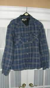 2 MEN'S SNAP FRONT QUILTED JACKETS - SIZE XL