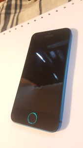 iPhone 5, 32GB. Custom Blue-Black color - Rogers Locked.