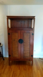 Solid wood armoire tv console cabinet bois massif