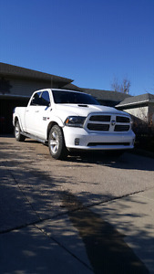 2014 Dodge Sport 1500 Crew Cab Fully Loaded