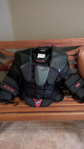 CCM AB Pro Goalie Chest Protector Intermediate L/XL