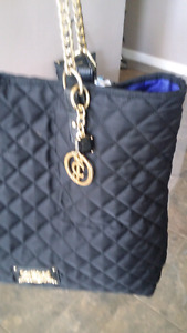 Beautiful juicy couture purse!
