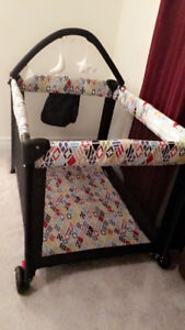 Baby play yard barely used