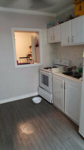2 BEDROOM UNIT AVAILABLE! - DOWNTOWN LONDON!