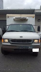 2000 Ford F-350 Pickup Truck