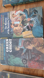 Alfred Hitchcock the three investigators